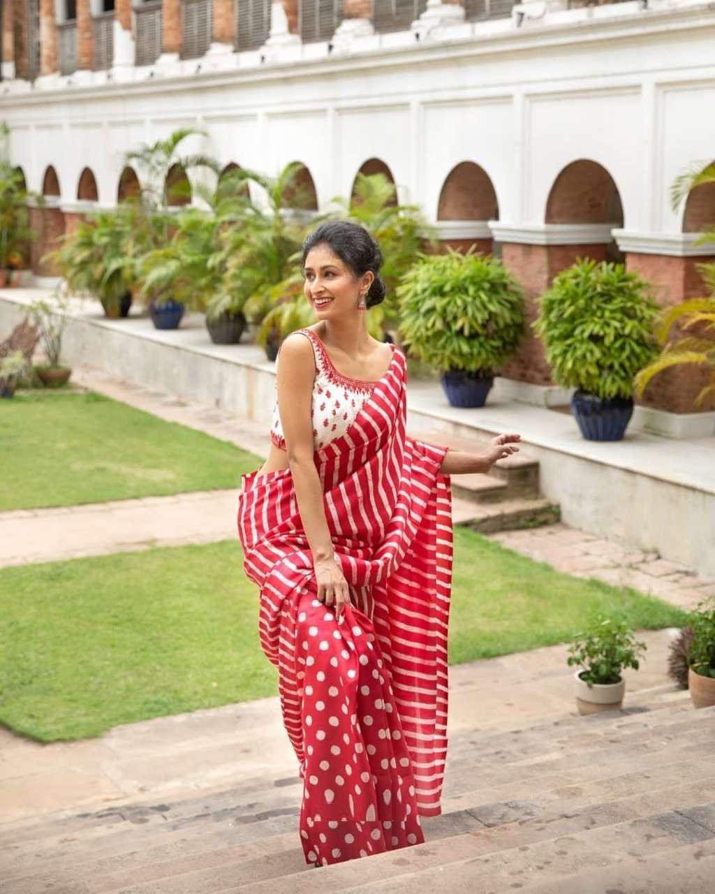 HEVY SOFTY SILK DIGITAL PRINT saree collection