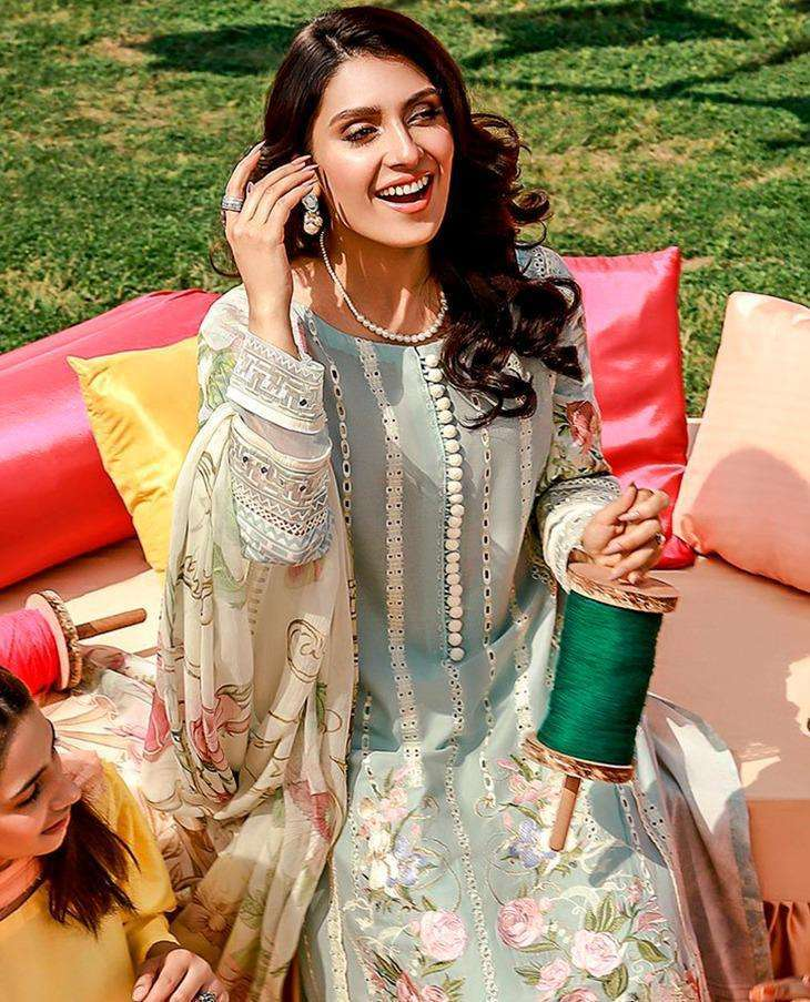 Saniya Trendz Rouch Vol 5 Cambric Chickenkari With Embroidery Work Pakistani Suits Collection
