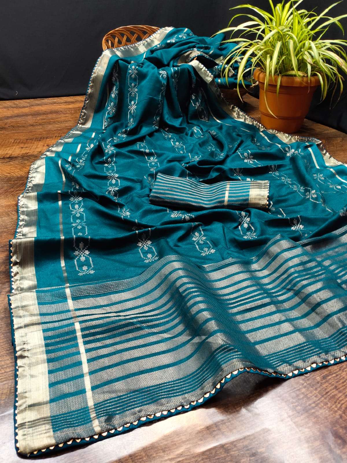 COTTON WITH DESIGNER WITH WEAVING ZARI BORDER FANCY SAREE COLLECTION AT WHOLESALE RATE
