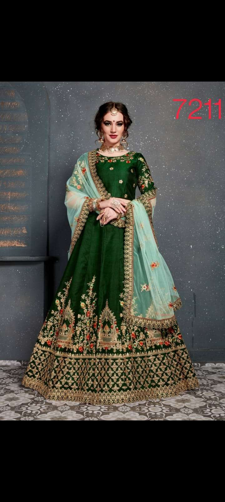 ZC CLOTHING ROOHBAB VELVET DESIGNER WEDDING WEAR LEHENGA CHOLI